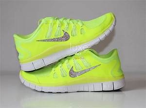 Nike Sneakers For Women Neon thehoneycombimaging.co.uk