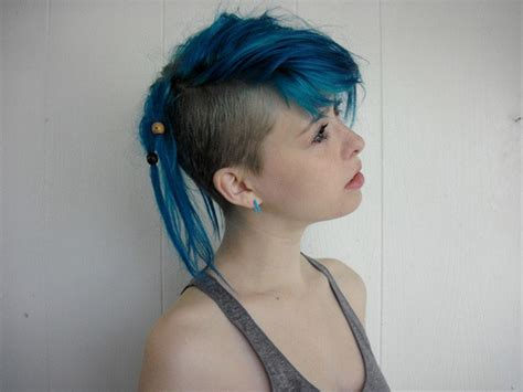 undercut girl on tumblr