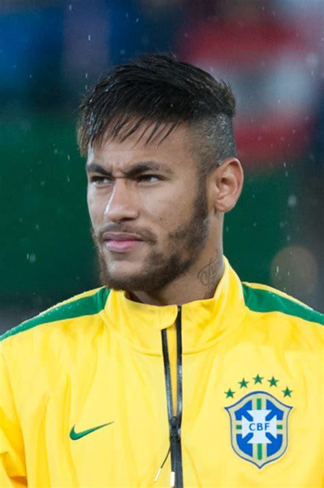 neymar   lead cover star  pes  full reveal