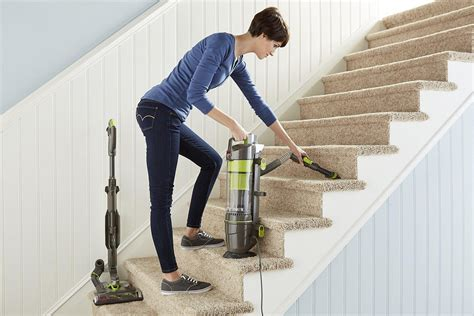 How To Select Vacuums That Are Most Suited For Stairs How To Use A Hoover Quick And Light Carpet Cleaner Cleaning In Carrollton Georgia Tile Transition Ideas South Edmonton Diy No Machine Brinker Carpets Comfort Beige Red Club Chicago O Hare Pictures Of Machines