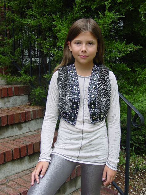 Collection Of Only Preteen Budding Pics Org Budding Budding Tweeners Nonnude Info Gallery