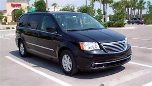 Carcompany   2011 Chrysler Grand Voyager 3 6 Touring