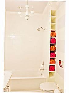 Bathroom towel storage ideas creative 2016 ellecrafts for Storing towels in the bathroom