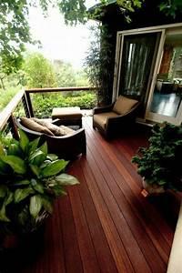 schoner garten und toller balkon gestalten ideen und With französischer balkon mit garten relaxsessel holz