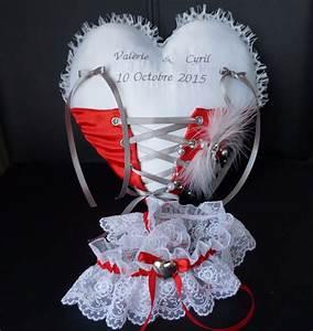 Coussin Gris Et Blanc : coussin d alliance forme coeur ~ Melissatoandfro.com Idées de Décoration
