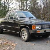 toyota sr pickup truck  cyl turbo diesel