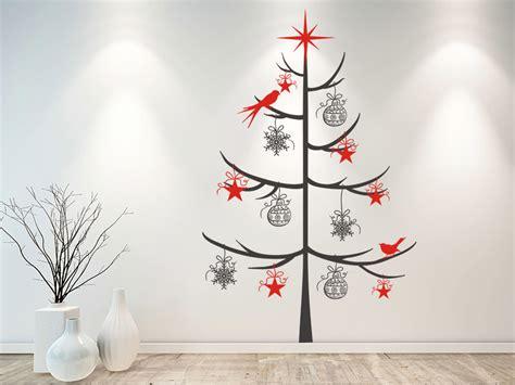 wandtattoo schlichter weihnachtsbaum mit schmuck