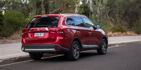 mitsubishi outlander exceed review  caradvice