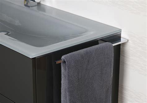 handtuchhalter bad chrom bad accessoires design badetuchstange designbaeder