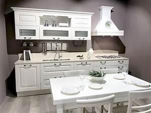 Emejing Cucina Lube Laura Ideas Ideas Design 2017