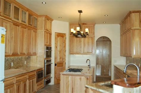 hickory kitchen cabinets lowes 17 best ideas about hickory kitchen cabinets on
