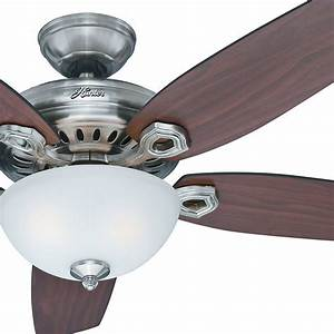 Hunter Ceiling Fan W   Light Kit And Remote  54