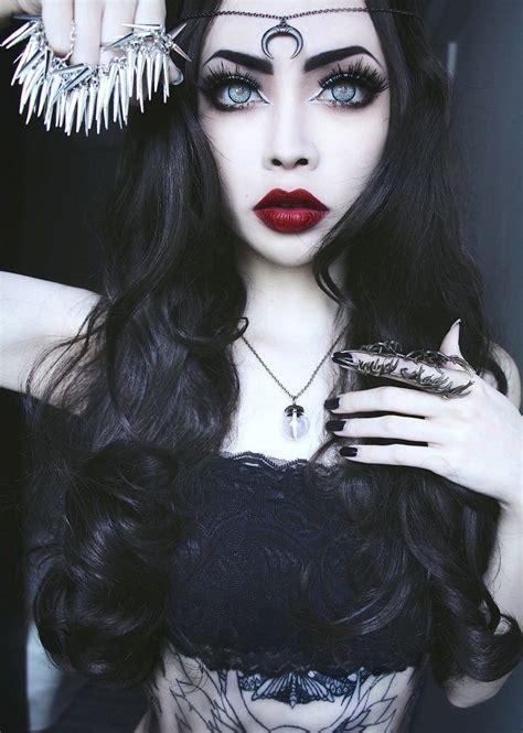 Beautiful Alternative Girl  Goth  Alternative Grunge