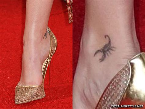 zoey deutch scorpion ankle tattoo steal  style