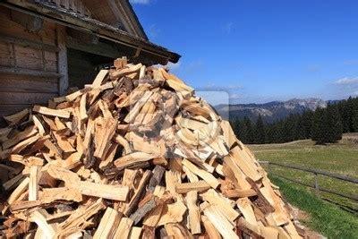 Holz Vor Der Hütte Bilder by Holz Vor Der H 252 Tte Brennholz In Der N 228 He Der H 252 Tte