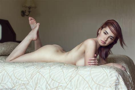 lidia savoderova nude pictures rating 9 20 10