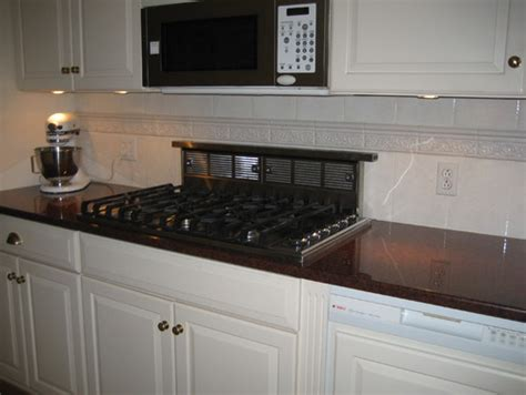 what paint colors for walls go with imperial granite