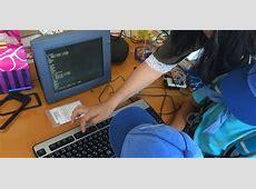 はじめてのプログラミング体験。LEDを光らせたり、消したり、点滅させたり、改造したり。キーボード操作の飲み込みも早い!