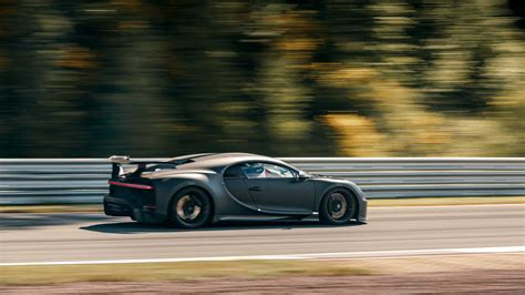 It costs as much as a 2019 toyota camry. Bugatti Pur Sport where it belongs, on the TRACK! | DailySuperCarsNews