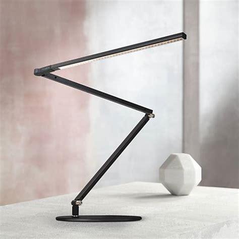 daylight led desk l koncept gen 3 z bar daylight led modern desk l black