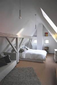 Dachboden Ausbauen Vorher Nachher : neuer wohnraum unterm dach das eigene haus ~ Frokenaadalensverden.com Haus und Dekorationen