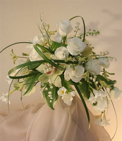 silk wedding flower arrangements  bouquets  life