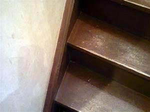 Conseils Bricolage Menuiserie : Comment rénover les marches d'un escalier en bois