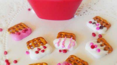 Valentine Pretzel Treats! {3 ingredients} - The Frugal Girls