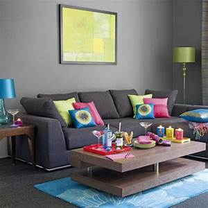 69 fabulous gray living room designs to inspire you for Living room with grey couch