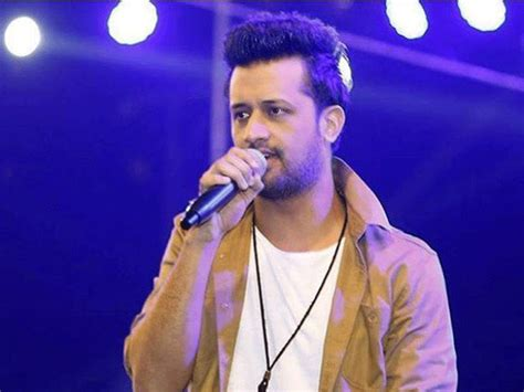 Atif Aslam Leaves Stage Mid-concert