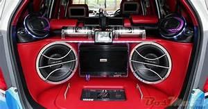 Modifikasi Mobil  Speaker Audio Mobil Dan Daya Power