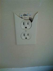 4 Signs It U0026 39 S Time To Replace Your Electrical Outlets