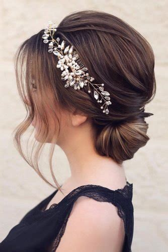 36 Chic And Easy Wedding Guest Hairstyles Wedding Forward