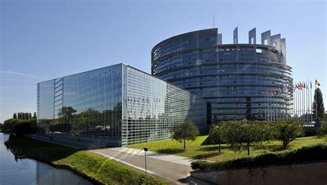 siege du parlement europeen siège du parlement européen les traités sont clairs