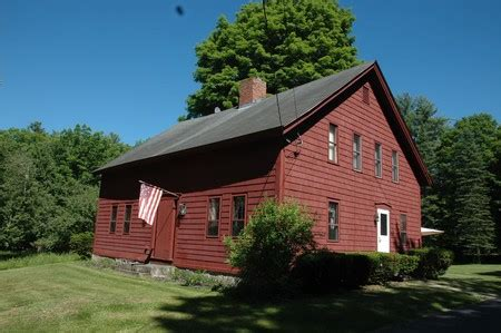 historic homes  sale rent  auction priced     oldhousescom