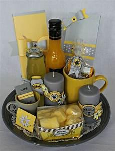 Cadeau De Crémaillère : panier gourmand en gris jaune scrap d co d 39 is de ~ Dode.kayakingforconservation.com Idées de Décoration