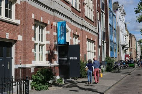 Amsterdam Museum National by Nationaal Holocaust Museum Wikipedia