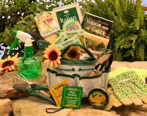 gifts for gardeners who everything gardening gift basket giveaway up to a 79 value aa