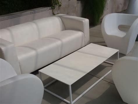 Noleggio Divano In Ecopelle Bianco Per Eventi