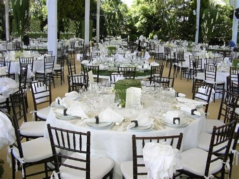 montaje de mesa de servicio integral de banquetes fotos