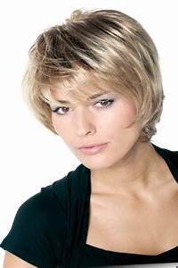 Model Coiffure Femme : tendances coiffurecoiffure femme carr court d grad les plus jolis mod les ~ Medecine-chirurgie-esthetiques.com Avis de Voitures