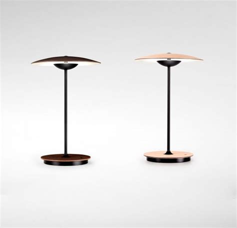 Moderne Kabellose Led Tischleuchte by Moderne Holz Akku Tischleuchte In Eiche Oder Wenge