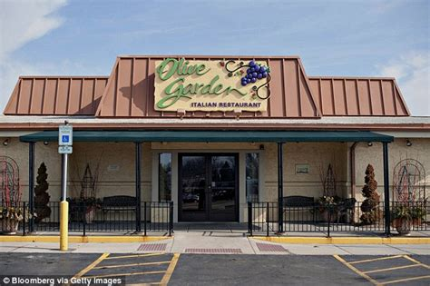 olive garden peoria il olive garden offers 100 never ending pasta pass for 7