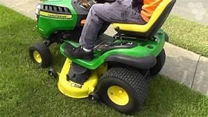 John Deere D140 Ride On Mower    Tractor