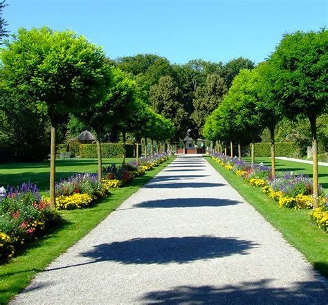 Botanischergartenaugsburg  Exklusiv München Szene