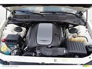 2006 Chrysler 300 C Hemi 5 7 Liter Hemi Ohv 16
