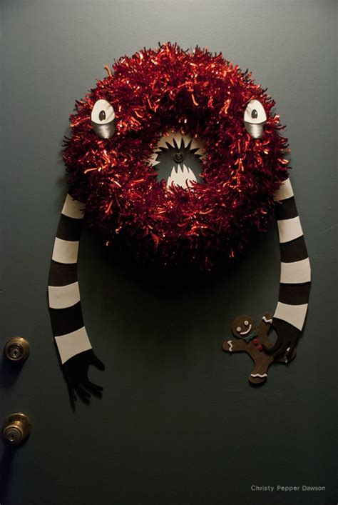 creepy christmas wreath house projects pinterest