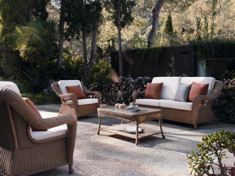 best salon de jardin rotin table basse de jardin en résine tressée brin d 39 ouest