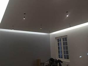 Eclairage Indirect Plafond : eclairage architectural de magasin in deco ~ Melissatoandfro.com Idées de Décoration