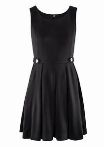 Black Plain Pleated Round Neck Sleeveless Polyester Dress ...